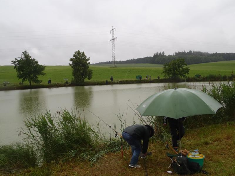 Neumarkter_Weiher_Jugendfischen_2012